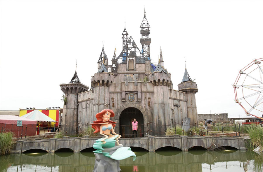 dismaland_mermaid